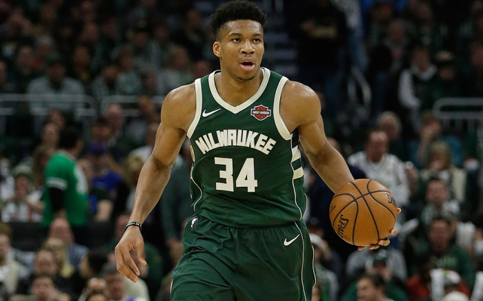 Giannis hace historia con Nike