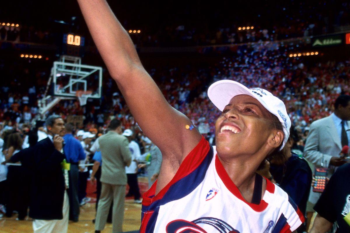 Un día como hoy en el año 2000… Empezaba la temporada WNBA