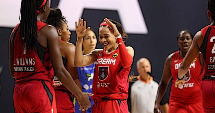 Chennedy Carter pone broche de oro a su debut en la WNBA
