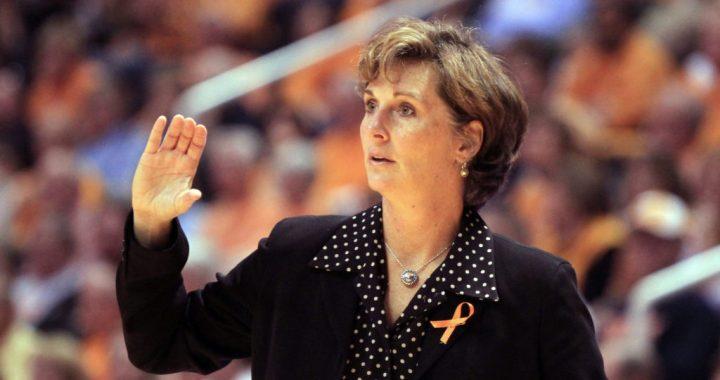 Duke dice que Gail Goestenkors no es candidata al puesto de entrenadora