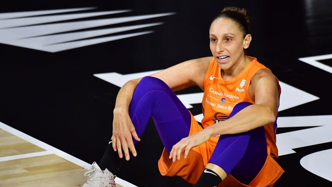 La lesión de Diana Taurasi parece no ser en la espalda