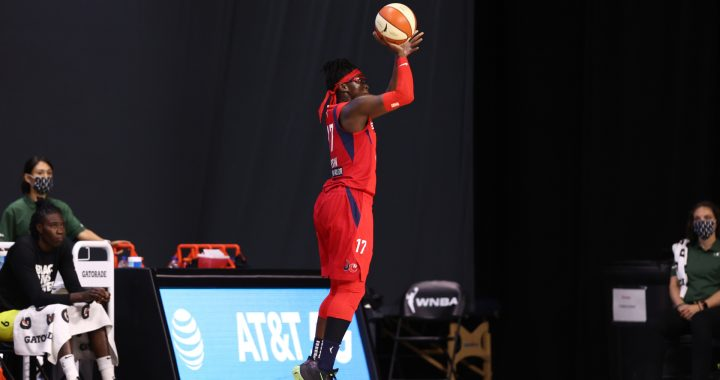 Washington Mystics renuncia a Essence Carson