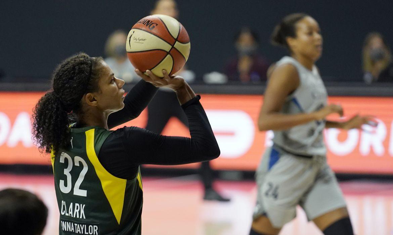 Alysha Clark, 'la DPOY' según los entrenadores de la WNBA