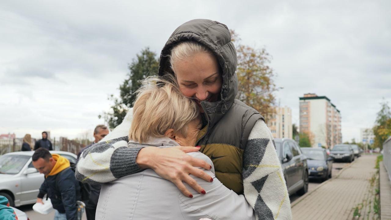 Yelena Leuchanka es puesta en libertad