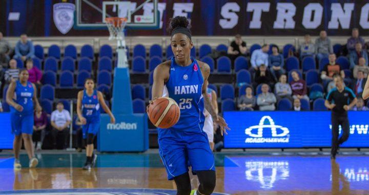 Glory Johnson jugará la EuroLeague con el Sopron