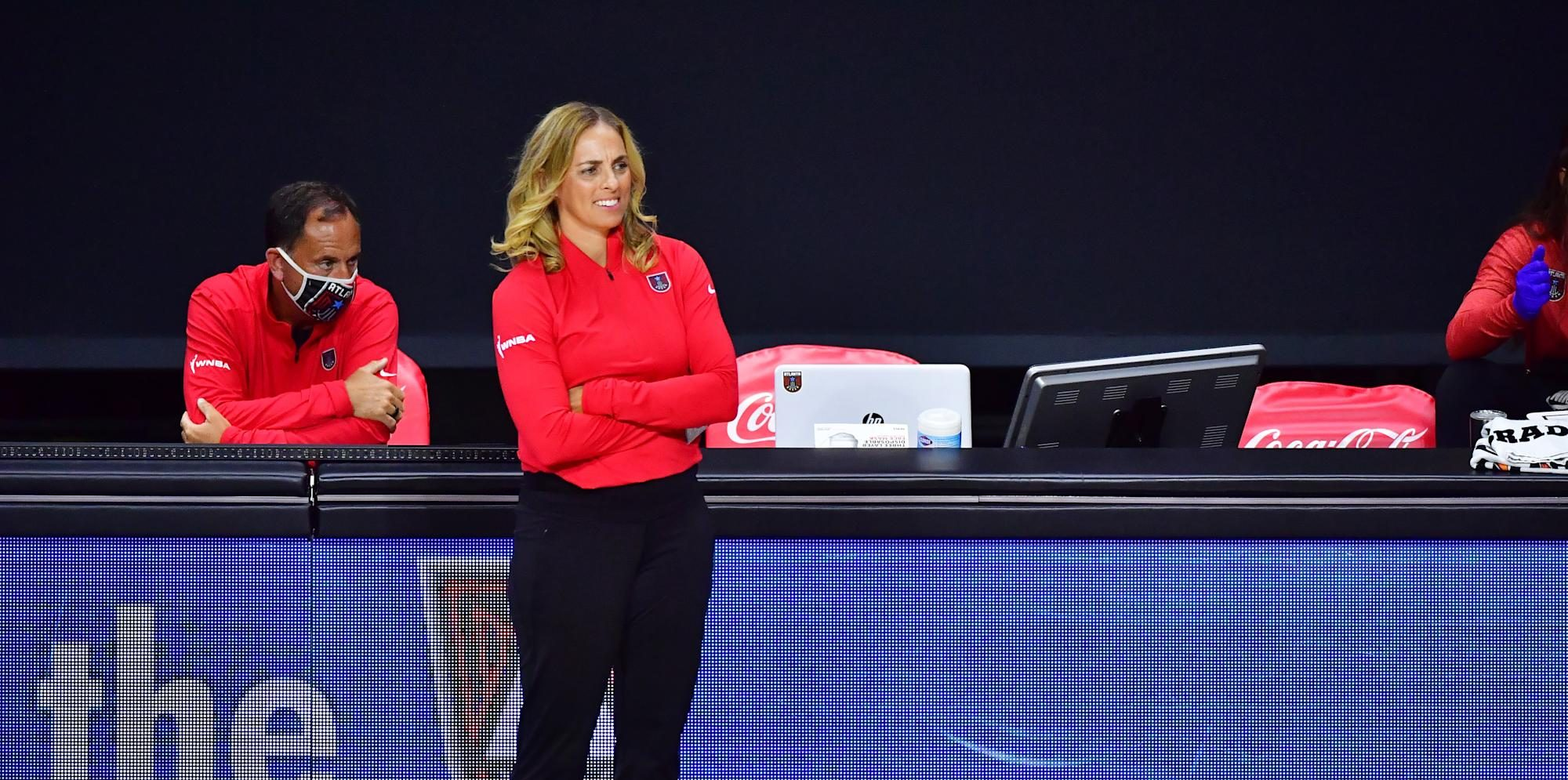 Nicki Collen deja Atlanta Dream por Baylor Lady Bears