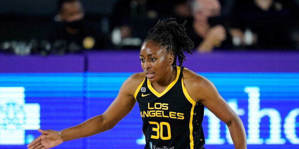 Nneka Ogwumike será baja al menos por un mes con Los Angeles