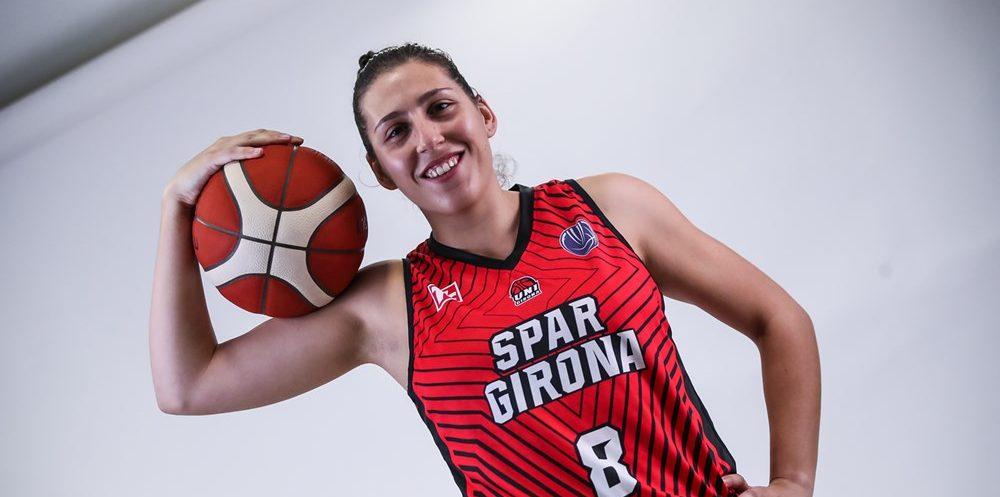 María Araújo renueva su contrato con Spar Girona