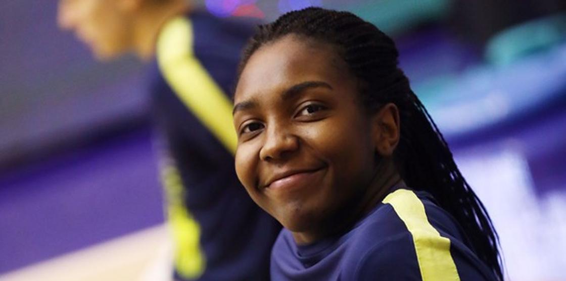 Elizabeth Williams firma con el Fenerbahçe de Víctor Lapeña