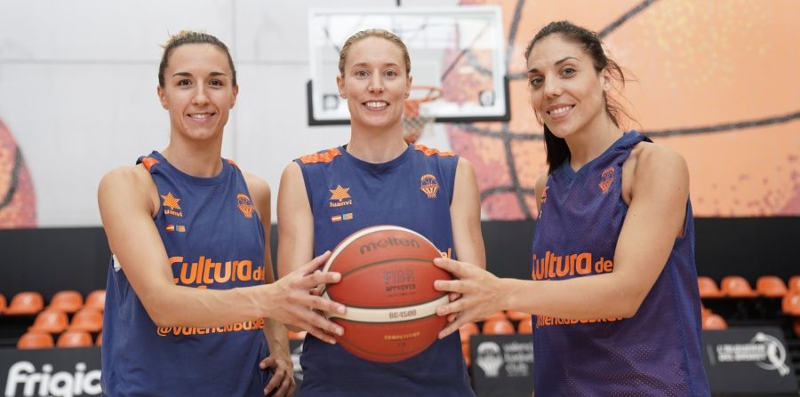 Valencia Basket presenta a sus capitanas para esta temporada
